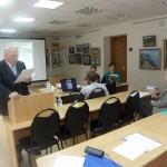 Доц. Тахиров изнася доклад